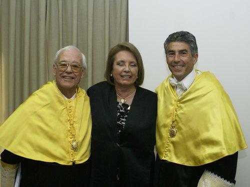Prof. J L Villarreal; Dra. Pilar Andújar y el Prof. F. Santonja.